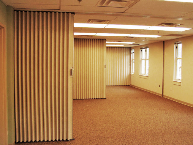 Acoustical folding partitions for Acoustic folding partitions